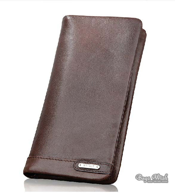 Leather wallets have the rich texture to make your money and card carrier look expensive. Plus, there are a ton of leather options for a smaller price tag (Phew! No guilt for spending cash like a millionaire's last night on the town).
