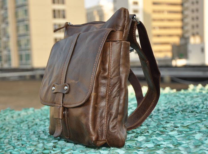 cad64a16ed Mens small messenger bag  mens vintage leather bag  brown Mens small  messenger bag ...