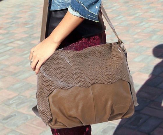 ... college  leather Messenger bag women ... 142187be65609