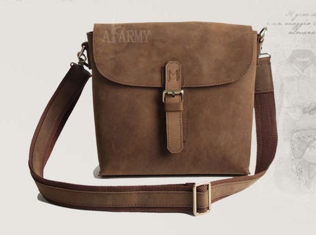Men Cowhide Vintage Leather Messenger Bag