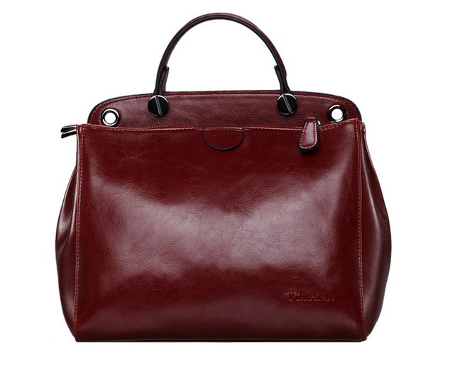 The cross shoulder travel bag is one of the hardest for a would-be pickpocket to access, because it sits so close to your body and is mostly in your sight. The more brazen bag snatchers will also avoid a cross shoulder bag, because they're looking for something that's easily pulled from someone's body.