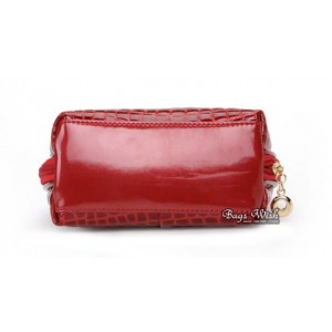 womens leather purse and handbag